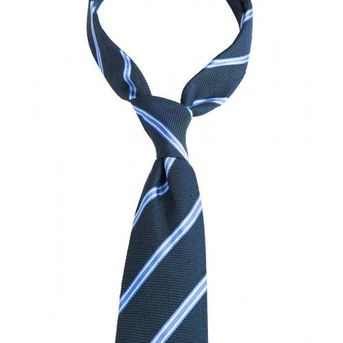 Zielony krawat z szantungu w błękitne paski