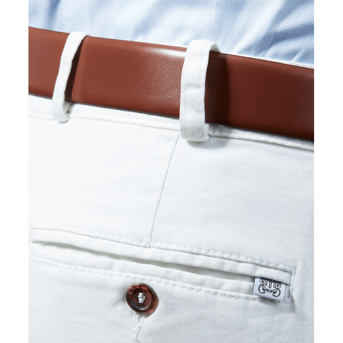 Białe spodnie chino