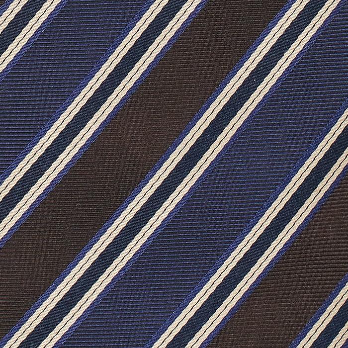 Niebieski krawat w paski